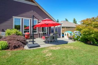 Photo 33: 2043 Evans Pl in Courtenay: CV Courtenay East House for sale (Comox Valley)  : MLS®# 882555