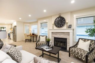 """Photo 6: 8 5550 LANGLEY Bypass in Langley: Langley City Townhouse for sale in """"RIVERWYNDE"""" : MLS®# R2565492"""
