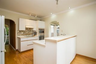 Photo 6: 2258 MATHERS Avenue in West Vancouver: Dundarave House for sale : MLS®# R2469648
