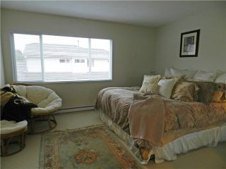 Photo 6: 1 5635 LADNER TRUNK Road in Ladner: Hawthorne Condo for sale : MLS®# V946292