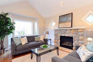 Photo 2: 15532 37A AVENUE in Surrey: Morgan Creek House for sale (South Surrey White Rock)  : MLS®# R2050023