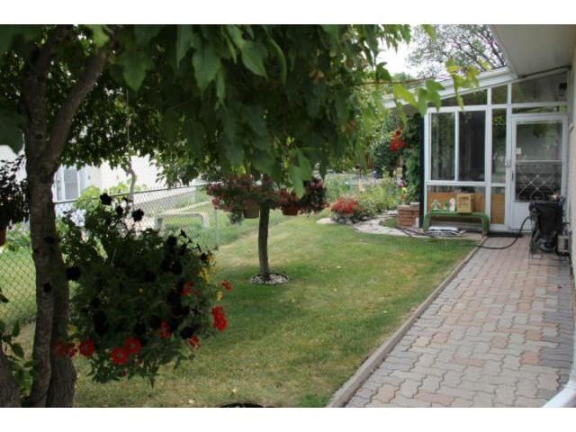 Photo 16: Photos: 1197 Cottonwood Road in WINNIPEG: Windsor Park / Southdale / Island Lakes Residential for sale (South East Winnipeg)  : MLS®# 1216110