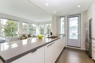 """Photo 8: 313 277 W 1 Street in North Vancouver: Lower Lonsdale Condo for sale in """"West Quay"""" : MLS®# R2252206"""