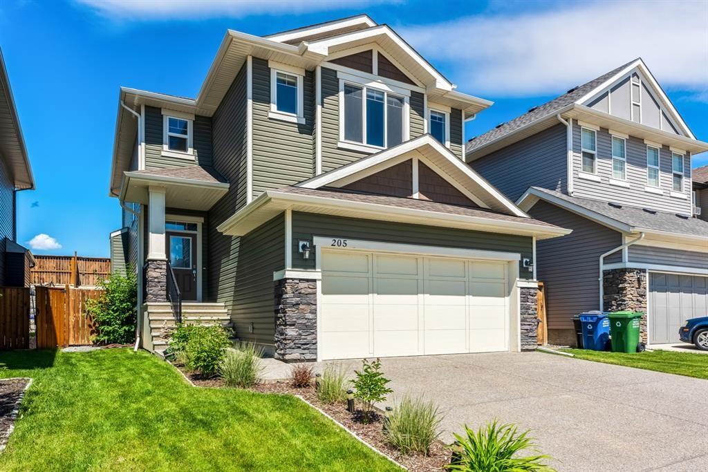 Main Photo: 205 Heritage Boulevard: Cochrane Detached for sale : MLS®# A1122442