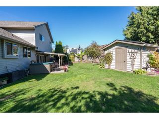 """Photo 19: 6132 185A Street in Surrey: Cloverdale BC House for sale in """"Eagle Crest"""" (Cloverdale)  : MLS®# R2204506"""