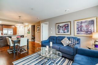 """Photo 23: 210 2940 KING GEORGE Boulevard in Surrey: King George Corridor Condo for sale in """"HIGH STREET"""" (South Surrey White Rock)  : MLS®# R2496807"""