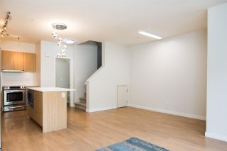 """Photo 8: 12 3728 THURSTON Street in Burnaby: Central Park BS Townhouse for sale in """"THURSTON"""" (Burnaby South)  : MLS®# R2493897"""