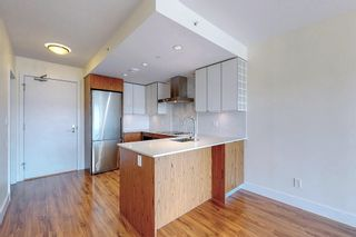 """Photo 8: 311 159 W 2ND Avenue in Vancouver: False Creek Condo for sale in """"Tower Green at West"""" (Vancouver West)  : MLS®# R2603366"""