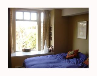 """Photo 10: 3727 W 10TH Ave in Vancouver: Point Grey Townhouse for sale in """"THE FOLKSTONE"""" (Vancouver West)  : MLS®# V644591"""