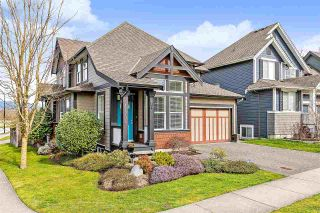 Photo 1: 17705 68 Avenue in Surrey: Cloverdale BC House for sale (Cloverdale)  : MLS®# R2541089