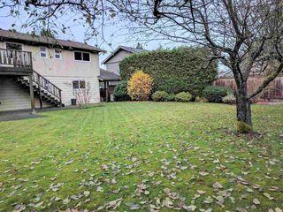 Photo 2: 5360 WALLACE Avenue in Delta: Pebble Hill House for sale (Tsawwassen)  : MLS®# R2325851