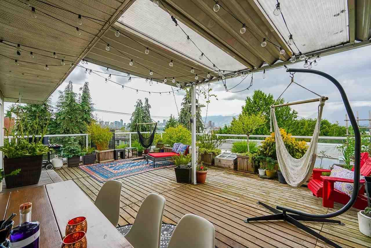 "Main Photo: 418 711 E 6TH Avenue in Vancouver: Mount Pleasant VE Condo for sale in ""PICASSO"" (Vancouver East)  : MLS®# R2593436"