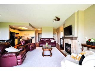 """Photo 7: 405 1745 MARTIN Drive in Surrey: Sunnyside Park Surrey Condo for sale in """"SOUTHWYND"""" (South Surrey White Rock)  : MLS®# F1436564"""