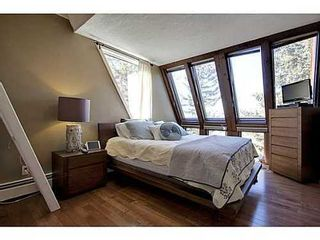 Photo 10: 6 828 COACH BLUFF Crescent SW in Calgary: 2 and Half Storey for sale : MLS®# C3560991