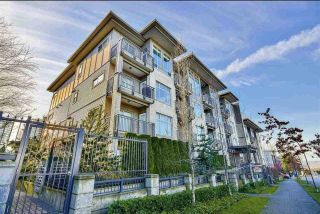 Photo 1: 222 13468 KING GEORGE Boulevard in Surrey: Whalley Condo for sale (North Surrey)  : MLS®# R2469624