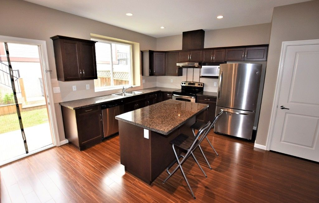 """Photo 6: Photos: 20849 71B Avenue in Langley: Willoughby Heights Condo for sale in """"Milner Heights"""" : MLS®# R2161882"""