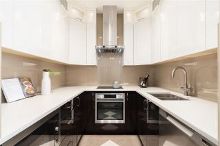 """Photo 8: PH10 511 W 7TH Avenue in Vancouver: Fairview VW Condo for sale in """"Beverly Gardens"""" (Vancouver West)  : MLS®# R2584583"""