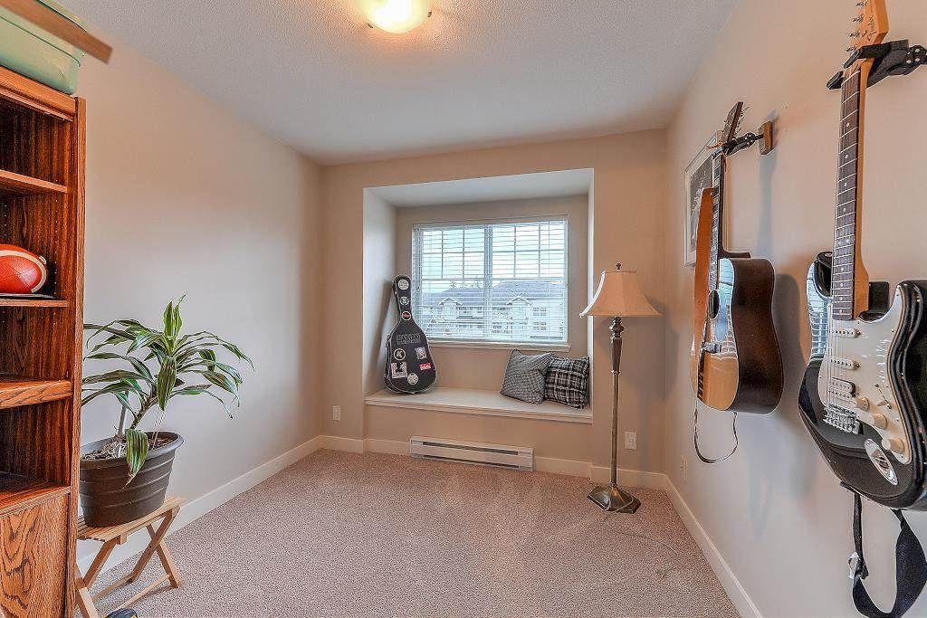 "Photo 10: Photos: 401 19366 65 Avenue in Surrey: Clayton Condo for sale in ""LIBERTY"" (Cloverdale)  : MLS®# R2213841"