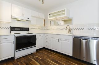 """Photo 3: 421 6707 SOUTHPOINT Drive in Burnaby: South Slope Condo for sale in """"MISSION WOODS"""" (Burnaby South)  : MLS®# R2348752"""