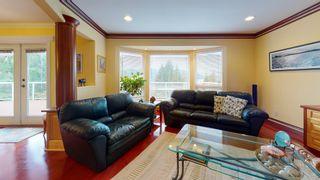 "Photo 11: 5827 DEERHORN Drive in Sechelt: Sechelt District House for sale in ""Sandy Hook"" (Sunshine Coast)  : MLS®# R2552928"