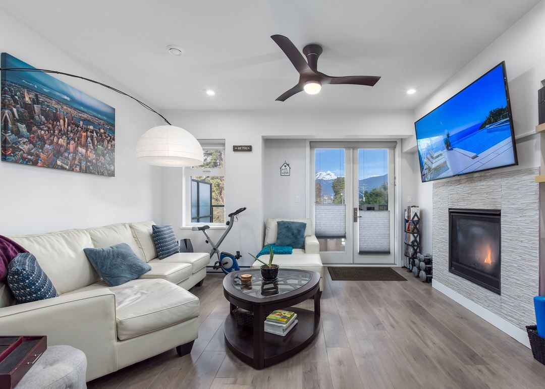 """Main Photo: 37 1188 MAIN Street in Squamish: Downtown SQ Townhouse for sale in """"Soleil at Coastal Village"""" : MLS®# R2550512"""