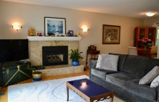 Photo 3: 3749 ST. ANDREWS Avenue in North Vancouver: Upper Lonsdale House for sale : MLS®# R2366318