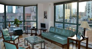 """Photo 2: 1005 212 DAVIE Street in Vancouver: Yaletown Condo for sale in """"PARKVIEW GARDENS"""" (Vancouver West)  : MLS®# R2101193"""