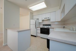 """Photo 14: 208 5375 VICTORY Street in Burnaby: Metrotown Condo for sale in """"THE COURTYARD"""" (Burnaby South)  : MLS®# R2602419"""