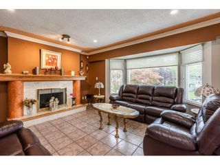 Photo 4: 11830 GEE Street in Maple Ridge: East Central House for sale : MLS®# R2403940