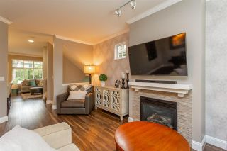 """Photo 5: 16 6050 166 Street in Surrey: Cloverdale BC Townhouse for sale in """"Westfield"""" (Cloverdale)  : MLS®# R2506257"""