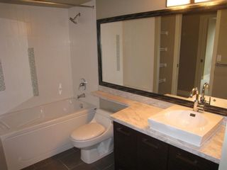 """Photo 4: 1106 2959 GLEN Drive in Coquitlam: North Coquitlam Condo for sale in """"THE PARC"""" : MLS®# R2520977"""