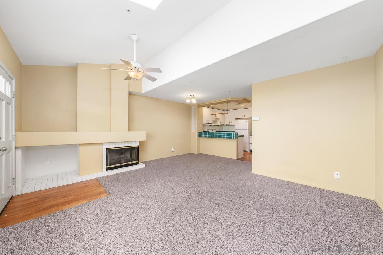 Main Photo: CARMEL VALLEY Condo for sale : 2 bedrooms : 12608 Carmel Country Rd #33 in San Diego