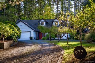 Photo 1: 677 Woodcreek Dr in NORTH SAANICH: NS Deep Cove House for sale (North Saanich)  : MLS®# 799765