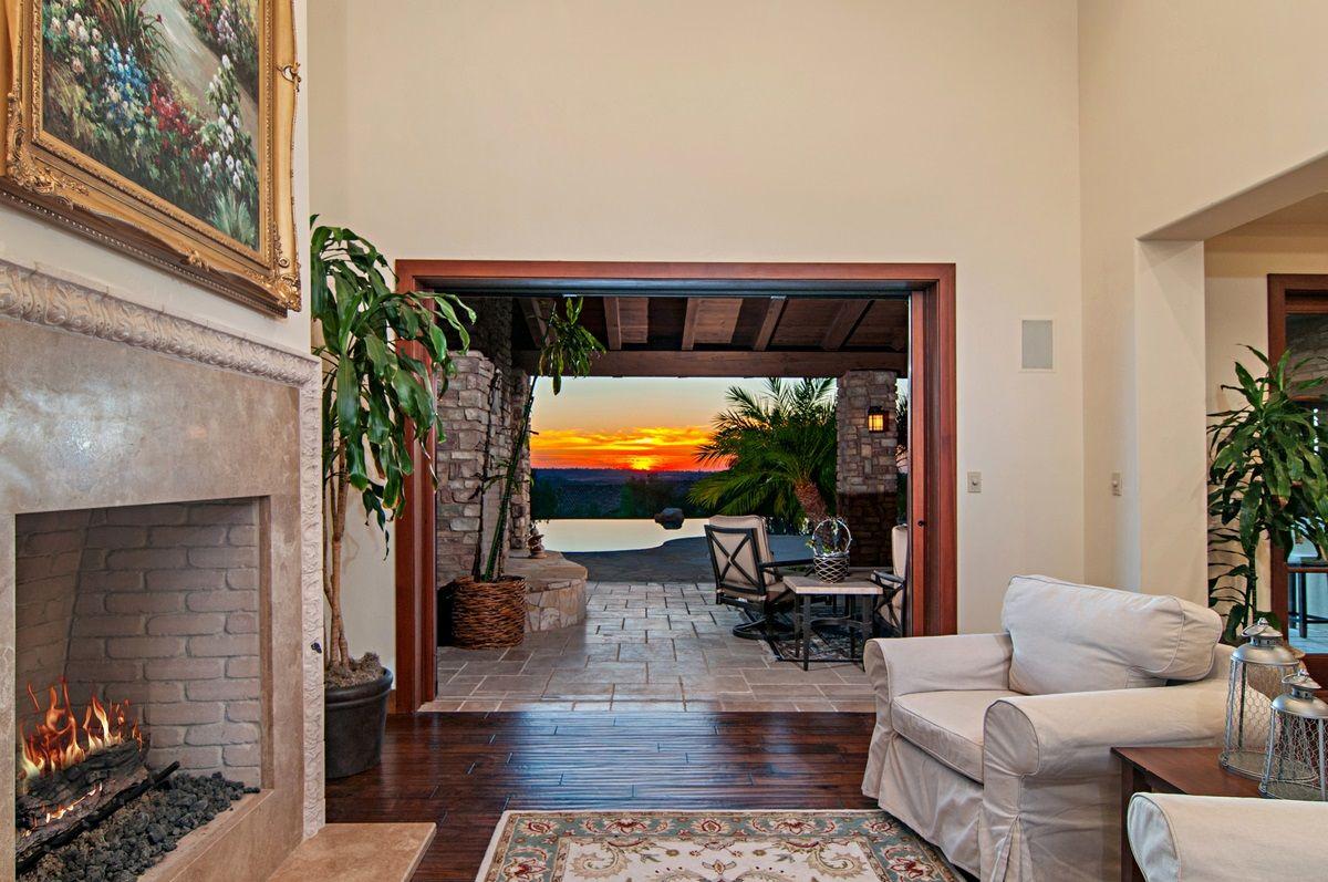 Main Photo: SANTALUZ House for sale : 4 bedrooms : 7827 Sendero Angelica in San Diego