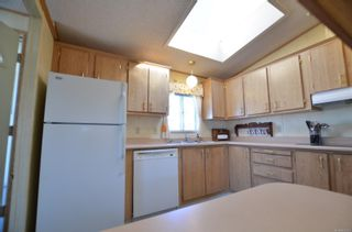 Photo 11: 141 7 Chief Robert Sam Lane in : VR Glentana Manufactured Home for sale (View Royal)  : MLS®# 855178