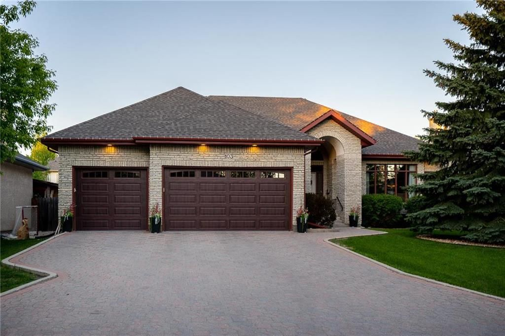 Main Photo: 103 River Pointe Drive in Winnipeg: River Pointe Residential for sale (2C)  : MLS®# 202113431
