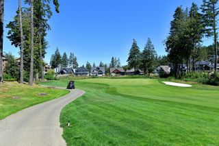 Photo 27: 302 2049 Country Club Way in : La Bear Mountain Condo for sale (Langford)  : MLS®# 882645