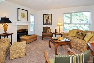 Photo 5: 302 1715 Richmond Ave in VICTORIA: Vi Jubilee Condo for sale (Victoria)  : MLS®# 789221