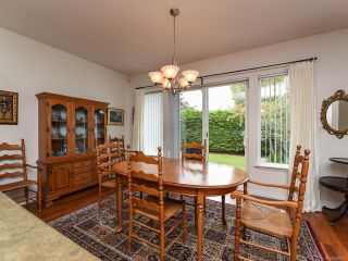 Photo 3: 9 737 ROYAL PLACE in COURTENAY: CV Crown Isle Row/Townhouse for sale (Comox Valley)  : MLS®# 826537