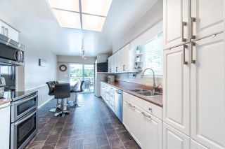 Photo 7: 971 REGAN Avenue in Coquitlam: Central Coquitlam 1/2 Duplex for sale : MLS®# R2397027