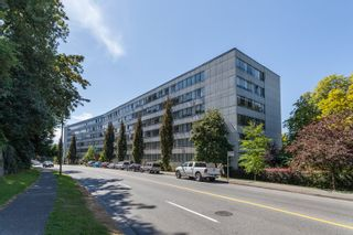 Photo 2: 618 1445 MARPOLE Avenue in Vancouver: Fairview VW Condo for sale (Vancouver West)  : MLS®# R2499397