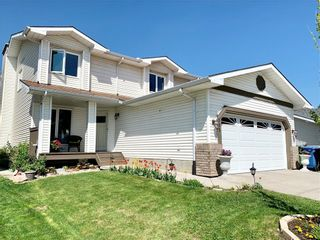 Photo 2: 525 DOUGLAS WOODS Place SE in Calgary: Douglasdale/Glen Detached for sale : MLS®# C4247773