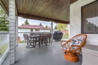 Photo 9: 3325 CARDINAL Drive in Burnaby: Government Road House for sale (Burnaby North)  : MLS®# R2157428
