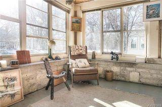Photo 3: 207 Harvard Avenue in Winnipeg: Crescentwood Residential for sale (1C)  : MLS®# 1802539