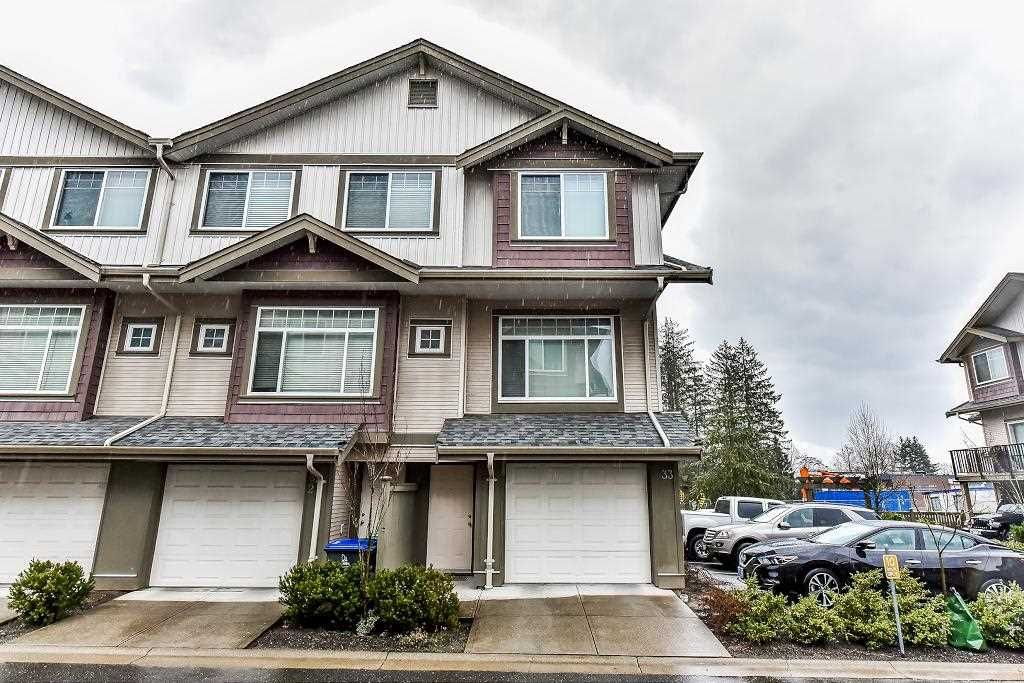 """Main Photo: 33 15933 86A Avenue in Surrey: Fleetwood Tynehead Townhouse for sale in """"SERENITY GARDENS"""" : MLS®# R2247374"""