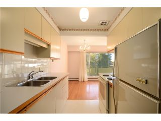 "Photo 7: 208 5475 VINE Street in Vancouver: Kerrisdale Condo for sale in ""VINECREST MANOR LTD"" (Vancouver West)  : MLS®# V1034662"