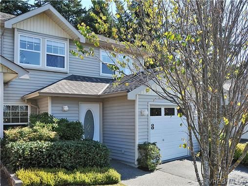 Main Photo: 8 2563 Millstream Rd in VICTORIA: La Mill Hill Row/Townhouse for sale (Langford)  : MLS®# 627907