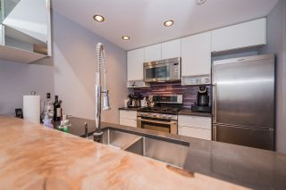 """Photo 10: 2508 928 BEATTY Street in Vancouver: Yaletown Condo for sale in """"The Max"""" (Vancouver West)  : MLS®# R2297790"""