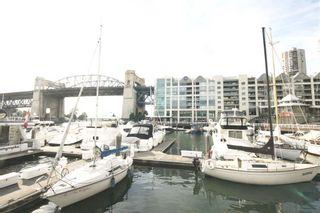 Photo 2: 501 1012 BEACH AVENUE in 1000 Beach: Home for sale : MLS®# R2129895