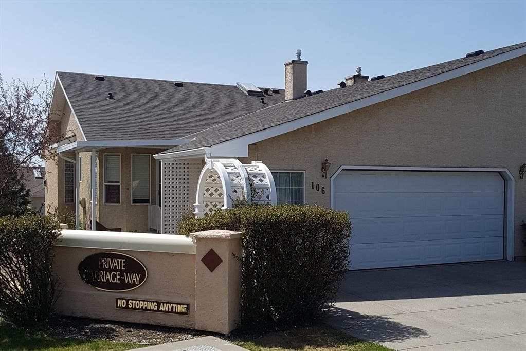 Main Photo: 106 Sierra Morena Green SW in Calgary: Signal Hill Semi Detached for sale : MLS®# A1106708